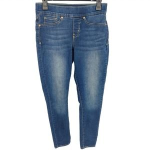 Levi's Signature Totally Shaping Pull-On Skinny 4
